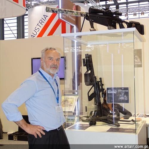 Broń I Amunicja 032014 Kepplinger W Paryżu Altair Agencja