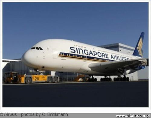 A380 w barwach Singapore Airlines
