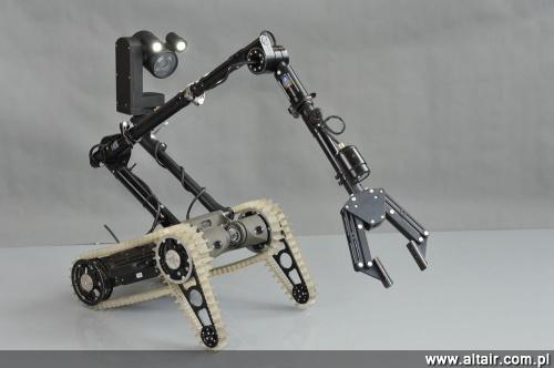Jedynym z producentów robotów jest warszawski PIAP. Na zdj?ciu pojazd inspekcyjny PIAP Scout / Zdj?cie: PIAP