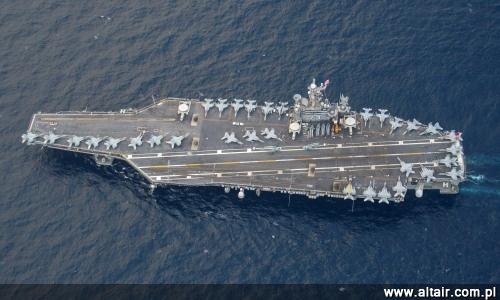 125eee0038364 Grupa lotniskowcowa z USS George Washington (CVN 73) na czele ma dotrzeć do  Filipin