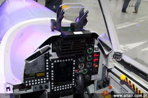 Rzeczywiste kabiny Orlika MPT – przednia, ucznia-pilota…