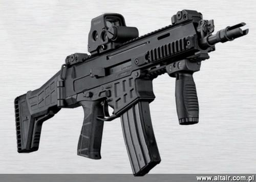 CZ 806 Bren 2 has been significantly slimmed down compared to the first variant. The weapon is lighter by about 0.5 kg / Photo: CZ