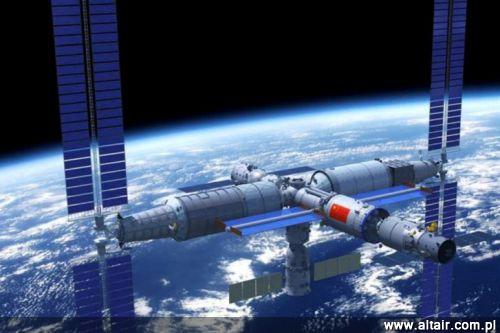 Nowa chińska stacja kosmiczna Tiangong, której pierwszy moduł Tianhe ma zostać wyniesiony na orbitę wokółziemską w 2021 / Grafika: China Manned Space Engineering Office